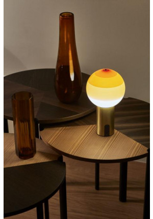 Marset Dipping Light Portable amber, base brass
