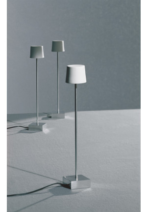 Anta Cut table lamp aluminum